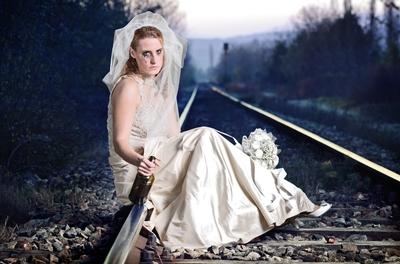 2101011sad bride