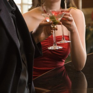 TS-126419622 couple-martinis